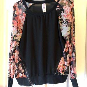 Women's Floral/Black sheer top